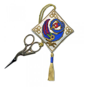 Celtic Bird Scissor Keep